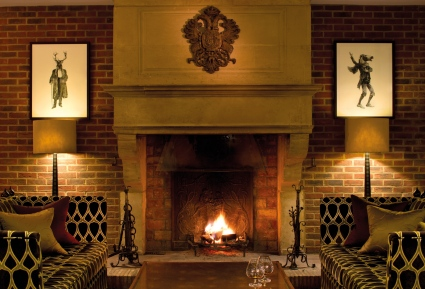 3. Sopwell-House-Reception-Fireplace (1)