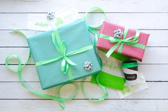 abokado-christmas-wrapping-image-1-press