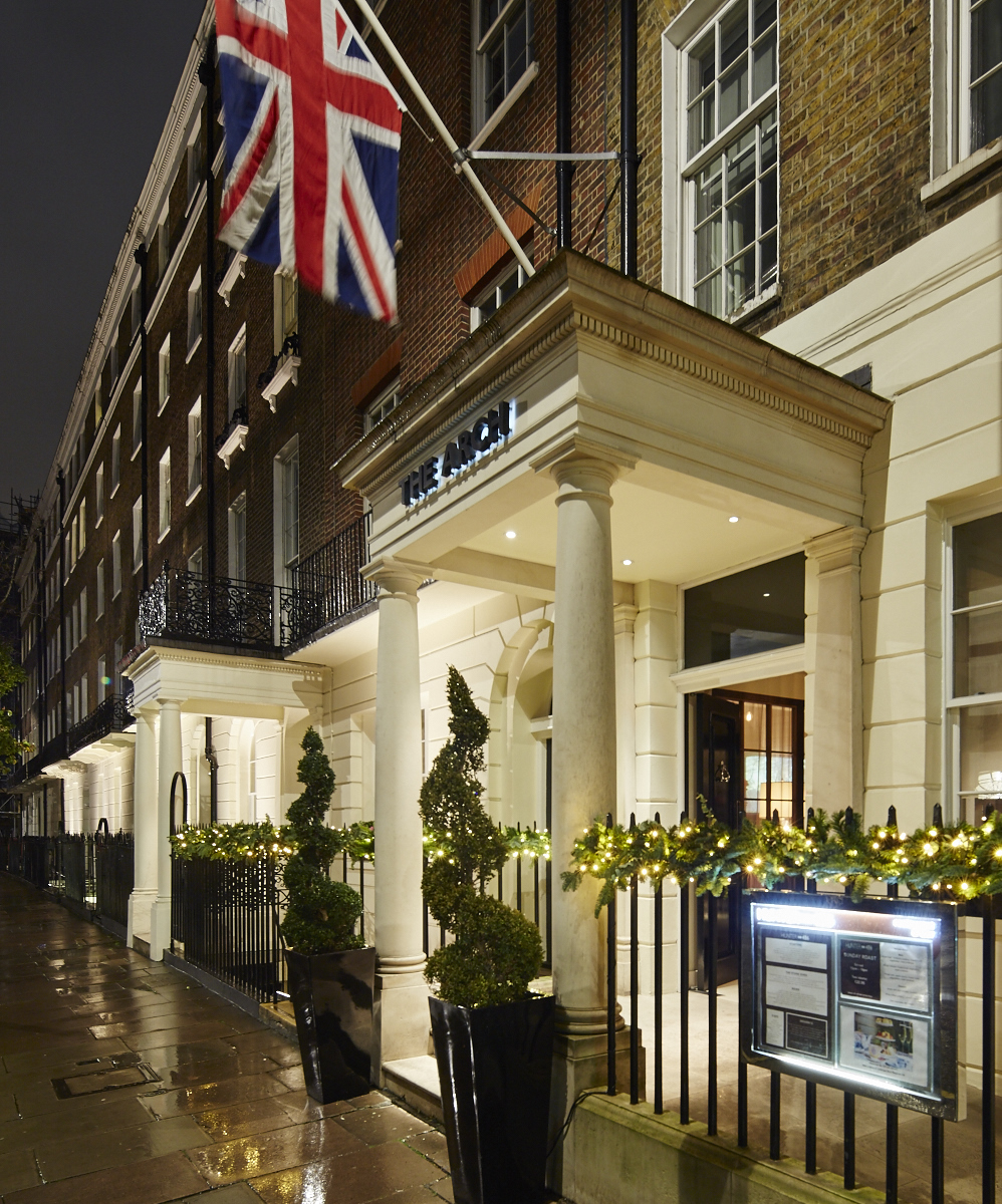 Celebrate twixmas with five star boutique hotel arch for Best boutique hotels london 2016